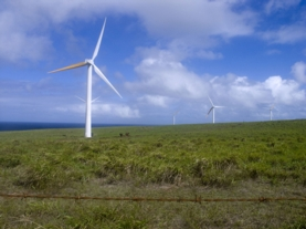 Hawaii has more than climate change in mind in completely converting to renewables. Credit: Family Herrera/Flickr